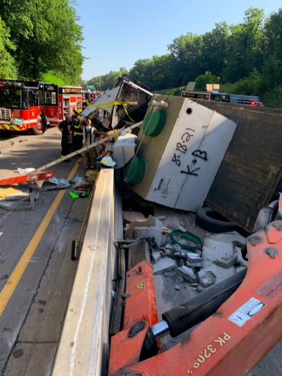 Large Vehicle with Heavy Paratech Hurst WCTRT Entrapment (3)