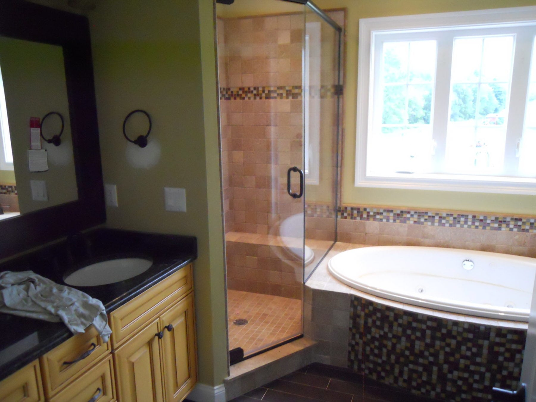 Frameless Shower Enclosure 2/3 Neo Angle with Buttress Return on Tub ...