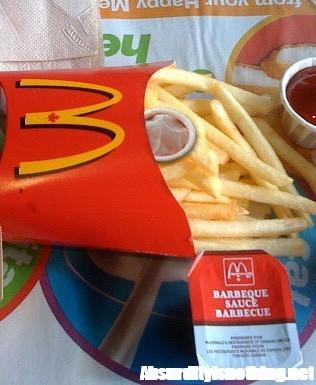 Preservativi nell'Happy Meal di McDonalds