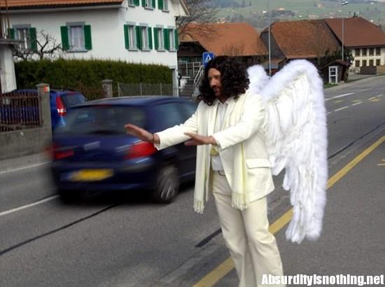 L'angelo custode degli automobilisti di Friburgo in Svizzera