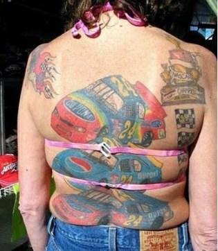 peggiori tatuaggi di luglio e agosto19