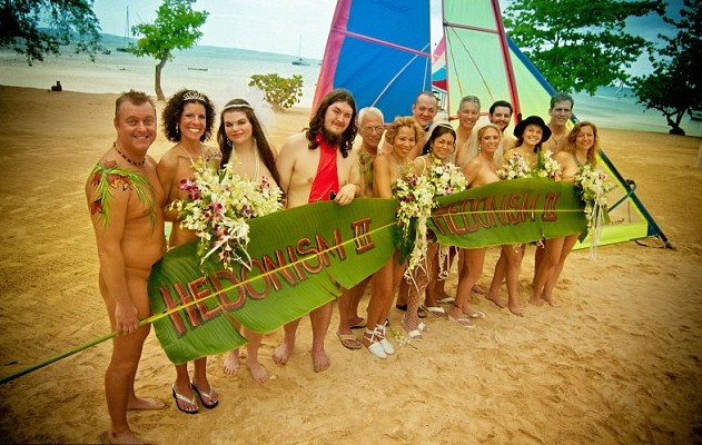 Sposi nudi in Giamaica (1)