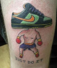 I peggiori tatuaggi di luglio e agosto 2012 (15)