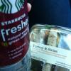 Donna decide di mangiare e bere solo prodotti Starbucks (2)