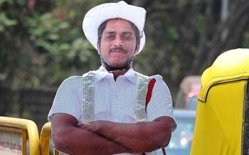 Città indiana introduce agenti di Polizia di cartone (2)