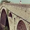 Donna australiana sposa un ponte nel sud della Francia (3)