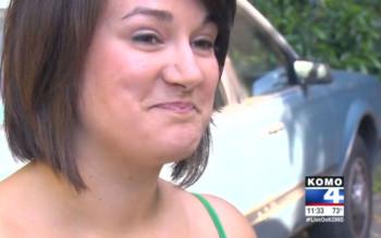 19enne saccheggia un'auto e dimentica il cellulare; la vittima chiama la madre