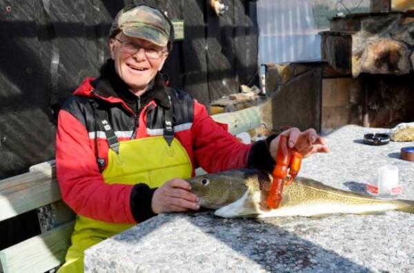Pescatore trova un vibratore dentro a un merluzzo (1)