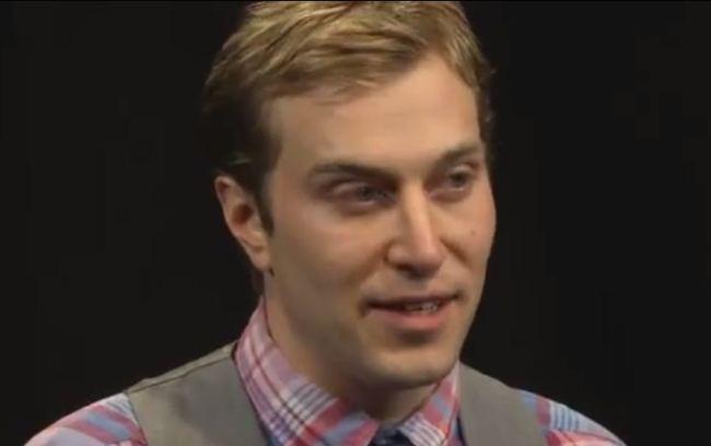 Chris Sevier vuole sposare il suo MacBook (1)