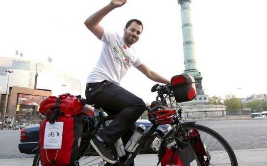 Gira l'Europa in bici mangiando cibo avanzato (2)