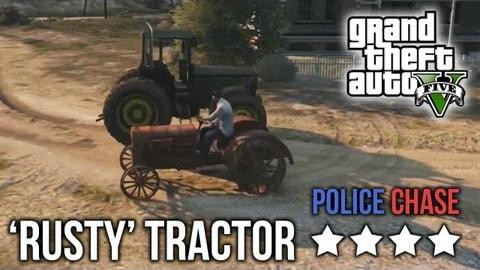 Sfugge alla polizia in trattore