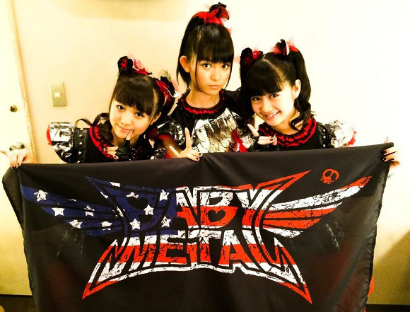 Babymetal, il gruppo giapponese che unisce il metal al jpop (3)