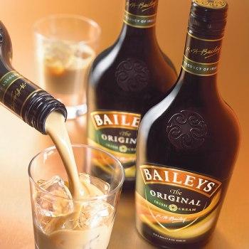 Arrestato per aver bevuto Baileys