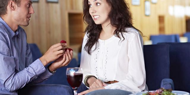 9 imbarazzanti proposte di matrimonio finite male
