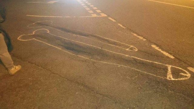 Disegna peni sulle strade