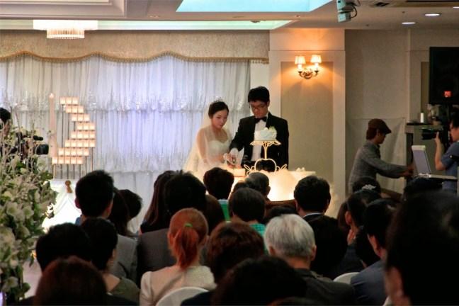 Lo sapevate che i matrimoni sudcoreani sono pieni di finti invitati?