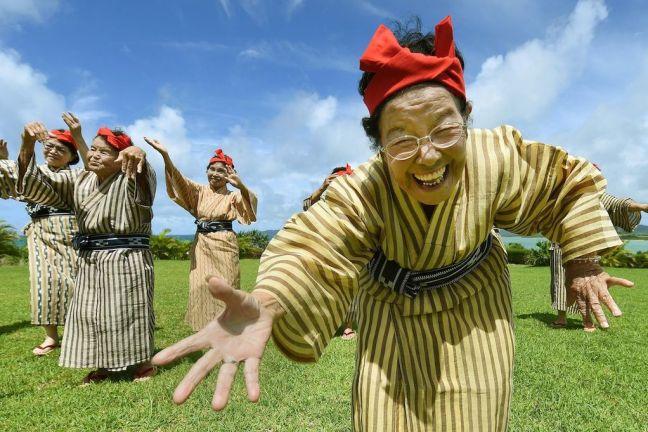 KBG84, il gruppo giapponese in cui l'età media è di 84 anni