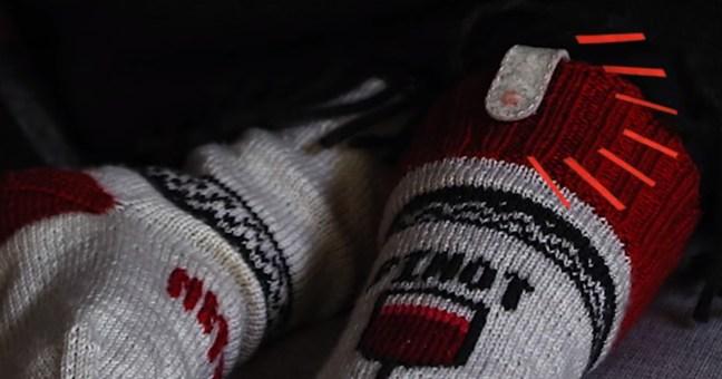 I Netflix Socks stoppano la serie TV quando ti addormenti