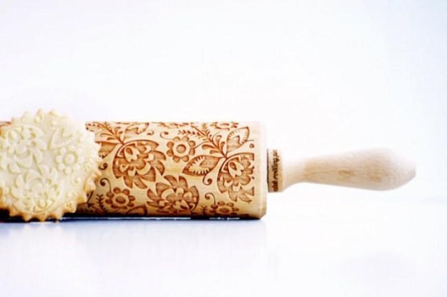20-invenzioni-del-2015-mattarello-con-decorazioni-2