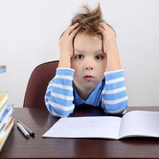 Le 15 scuse più assurde degli studenti per non aver fatto i compiti