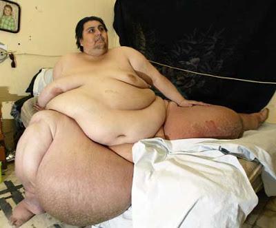 uomo più grasso del mondo peso