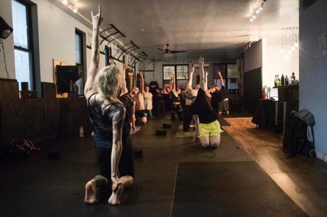 metal-yoga