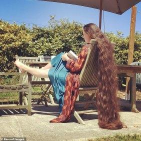 raperonzolo-capelli-lunghi-4