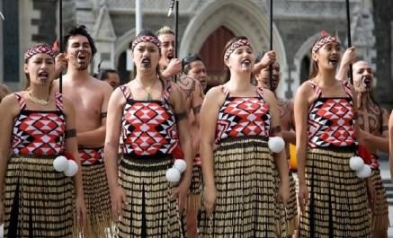 Yeni Zelanda absurdizi.com maoriler