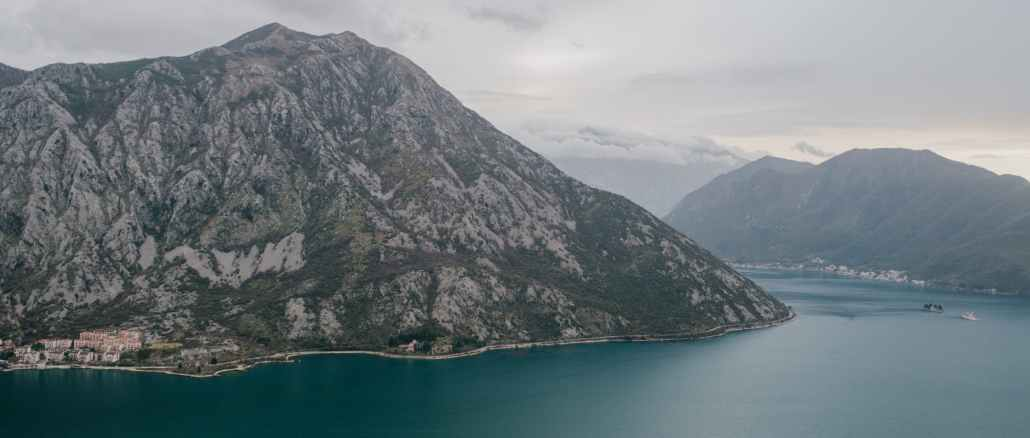 breathtaking scenery of mountainous terrain and calm river