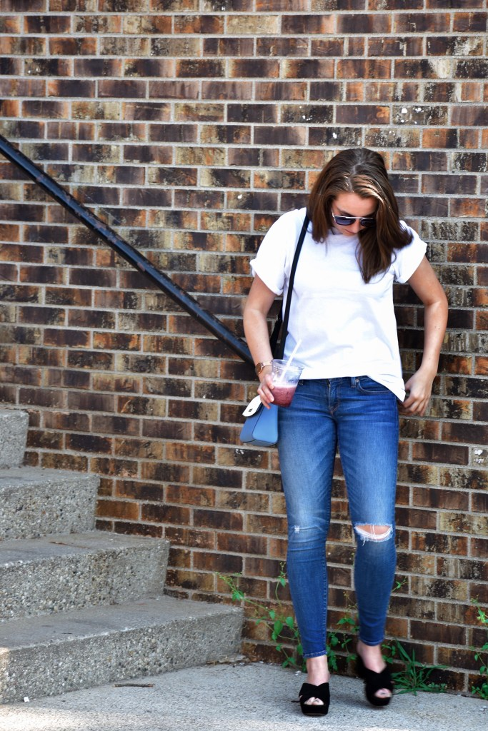 How To Make A Casual Plain White Tee Cute