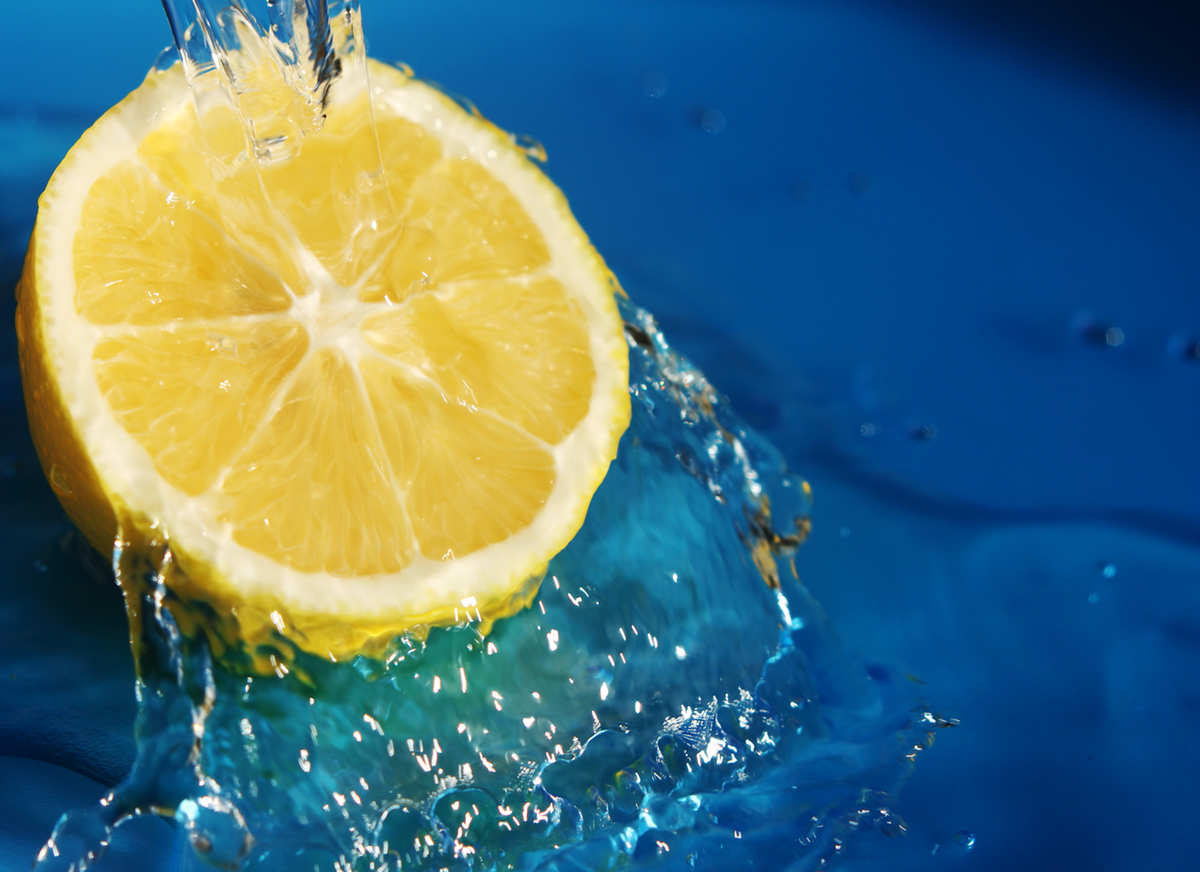 They Told You That Drinking Warm Water With Lemon Was Good, But They Didn't Tell You This