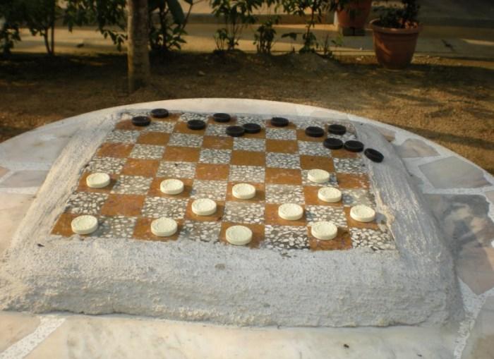 Permainan Dam-Daman