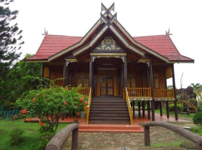 rumah adat 34 provinsi