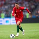 PERMAINAN SEPAK BOLA: Pengertian, Sejarah, Peraturan & Teknik Dasar Sepak bola