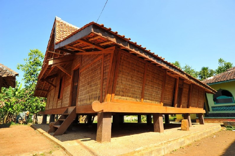 Rumah tradisional Panggung