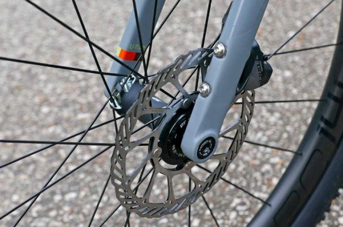 gaya pegas pada sepeda