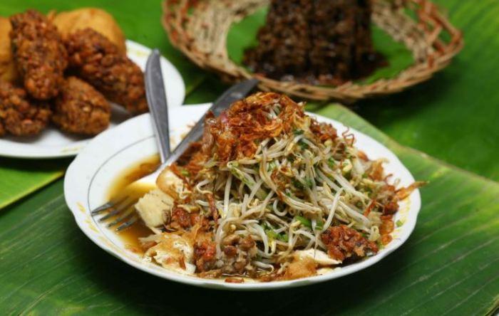 toge goreng makanan khas surabaya