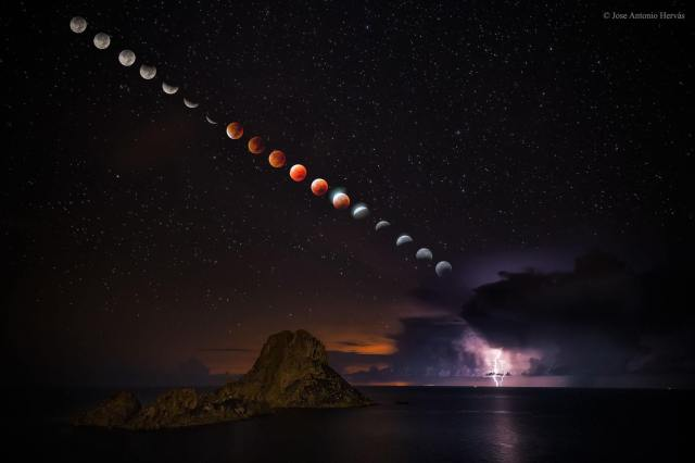 Blood Moon Ibiza Sept.28 2015