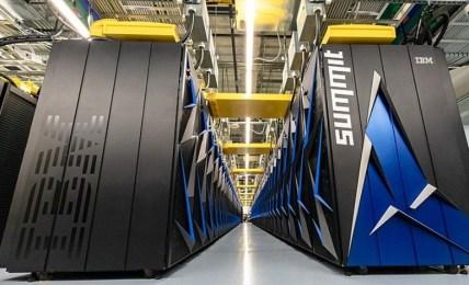 superpočítač roušky