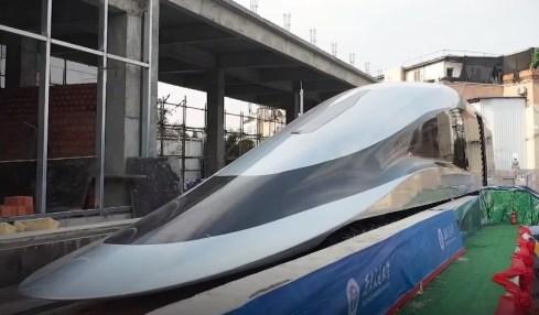 maglev čína