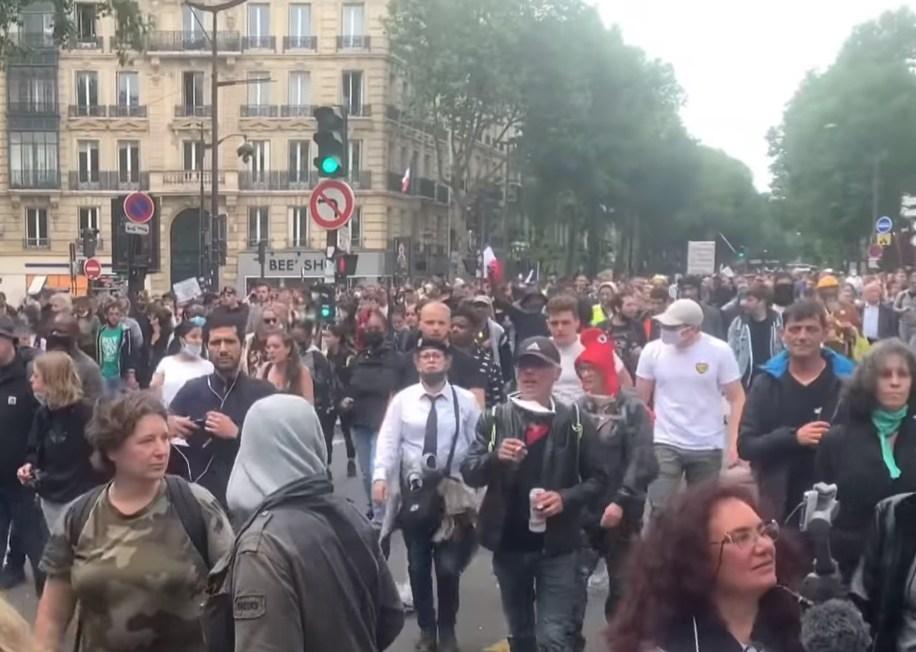 francie protest očkování