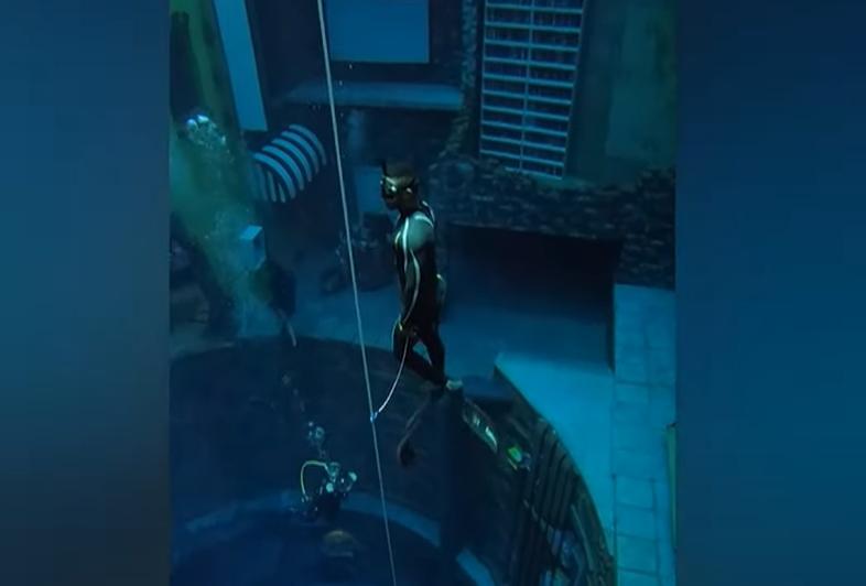 nejhlubší bazén dubaj