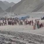tisíce afghánců do evropy