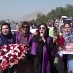taliban nikáb