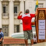 Protesto de policiais leva caixões com promessas de Gladson e Rocha