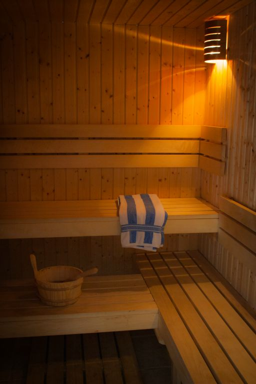 Chew Magna Farmhouse Hot Tub Pool Sleeps 16 Near Bristol