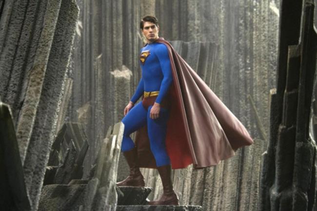 warner-bros-superman-juicio-vestuario-traje-comic-academiac10