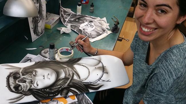 nuevo-trabajo-aerografia-tabla-skateboard-pintura-custom