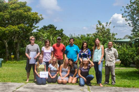 Spanish student group photo at Academia Tica Spanish school