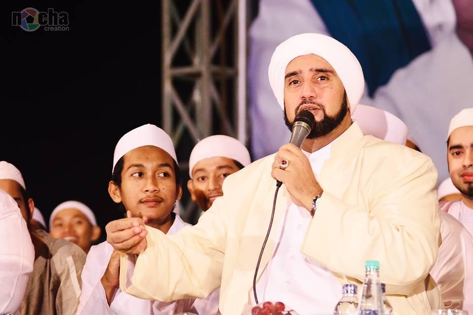 Bershalawat Bersama Habib Syech bin Abudl